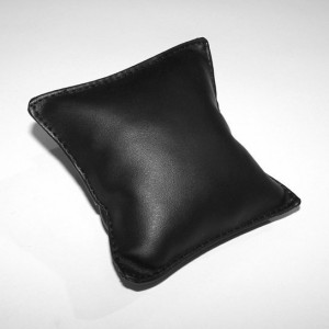 Подушка для браслетов